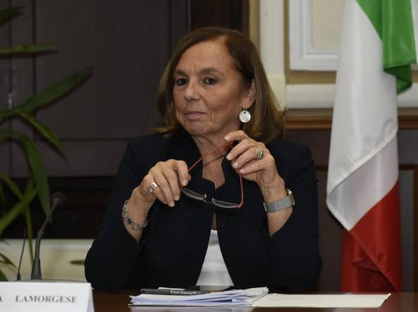 إصابة وزيرة الداخلية الإيطالية بفيروس كورونا