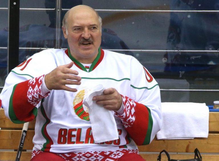 اللجنة الأولمبية الدولية تحرم رئيس بيلاروسيا من الأولمبياد