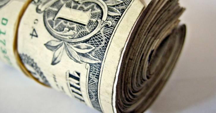 دولار دمشق يتماسك فوق حاجز الـ 3100 ليرة