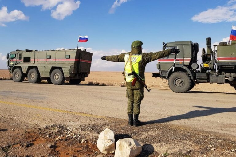 مقتل جنود روس في بادية حمص خلال إنزال جوي والتنظيم يتبنى