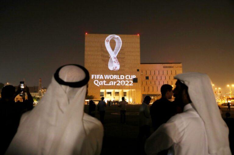 قطر: مستعدون لتطعيم جميع الحاضرين في كأس العالم 2022 ضد كورونا